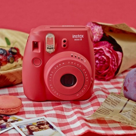 Fujifilm Instax MINI 8 White Instant Film Camera Red