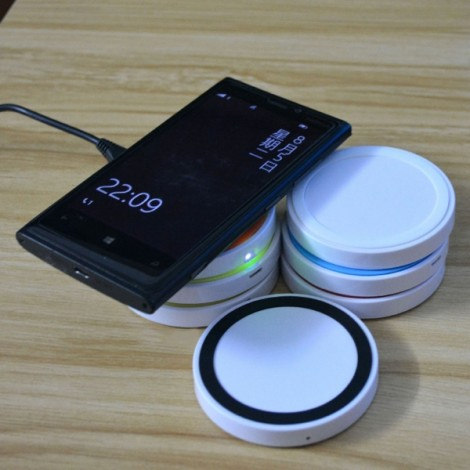 Q5 Qi Standard Mini Wireless Charger Pad Transmitter for Android iOS White