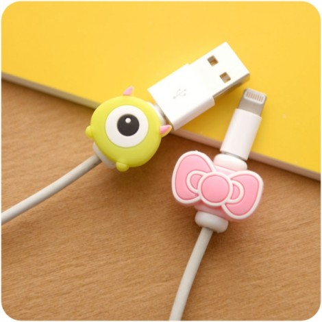 2pcs Cute Cartoon Cable Protector USB Cable Winder Cover Case Random Delivery