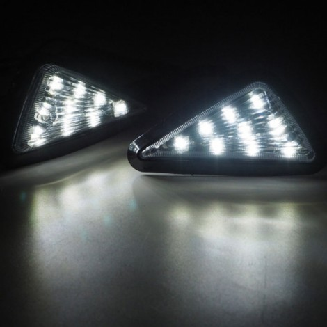 9-LED White Light Motorcycle Triangle Light Turn Signal Light Indicator Transparent