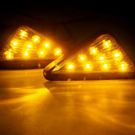 9-LED Yellow Light Motorcycle Triangle Light Turn Signal Light Indicator Transparent