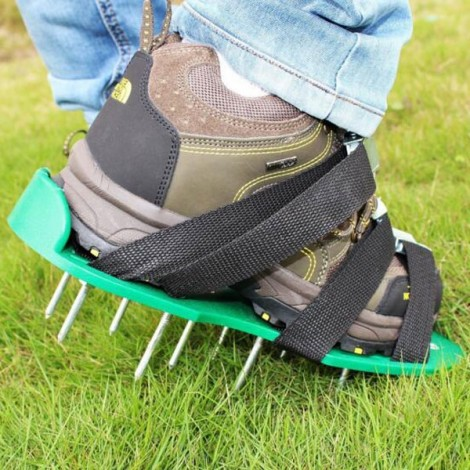 Lawn Aerator Sandals / Aerating Spikes Heavy Duty Spiked Shoes for Lawn Care Aeration Black