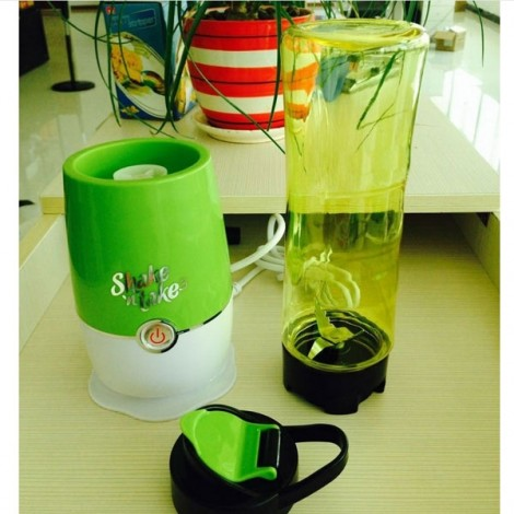 Shake n Take 3 Generation Portable Multifunctional Electric Mini Juicer EU Plug Green