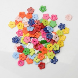 100PCS 15MM Plum Flower Shape Two Holes Resin Buttons Scrapbooking Sewing DIY Craft Random Color