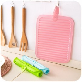 Creative Kitchen Silicone Non-Slip Hanging Heat Resistant Mat Pot Holder Kitchen Supplies Pink