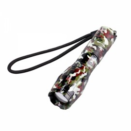 U'King ZQ-X1061JC# T6 1000LM 5 Modes Stylish SOS Zoomable Flashlight US Plug Jungle Camouflage