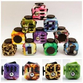 Magic Fidget Cube Anxiety Stress Relief 6-side Squeeze Gift Random Color