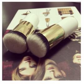 Nylon Hair Wooden Handle Ultra Plush Powder Brush White & Golden