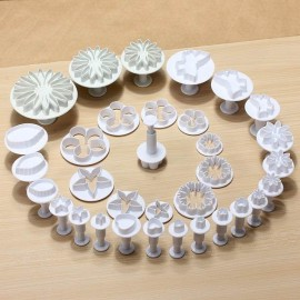 33pcs 10 Styles Kitchen DIY Tools Decorating Cake Pastry Plunger Cutters Home Fondant Cookie Chocolate Sugarcraft Baking Moulds Kit White